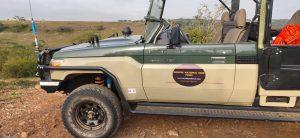 Open jeep Nairobi Park